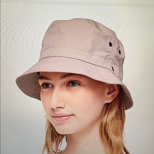 Lulu lemon bucket hat